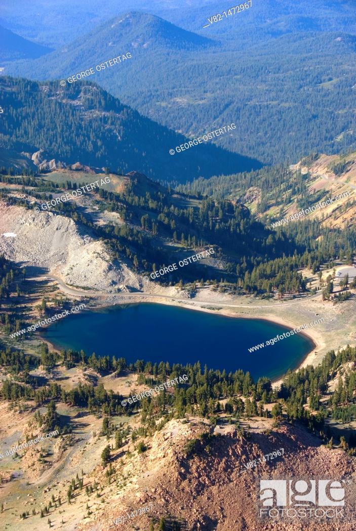 Stock Photo: Lake Helen from Lassen Peak Trail, Lassen Volcanic National Park, California, USA.