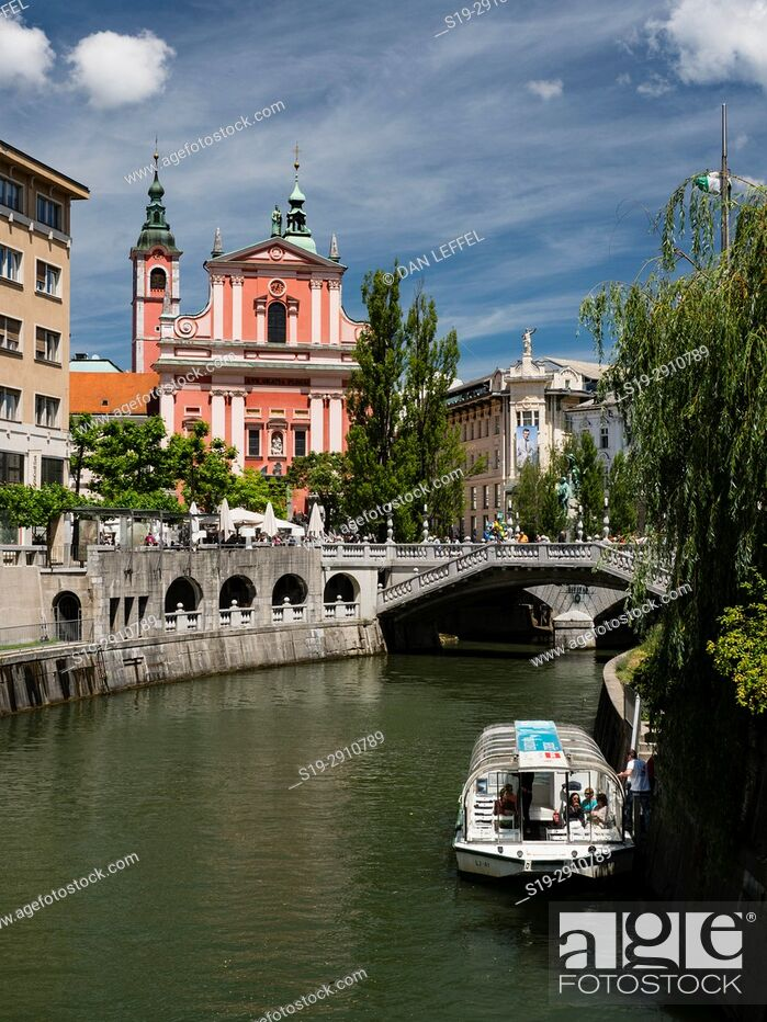 Stock Photo: Slovenia Ljubljana Plecnik Bridge.