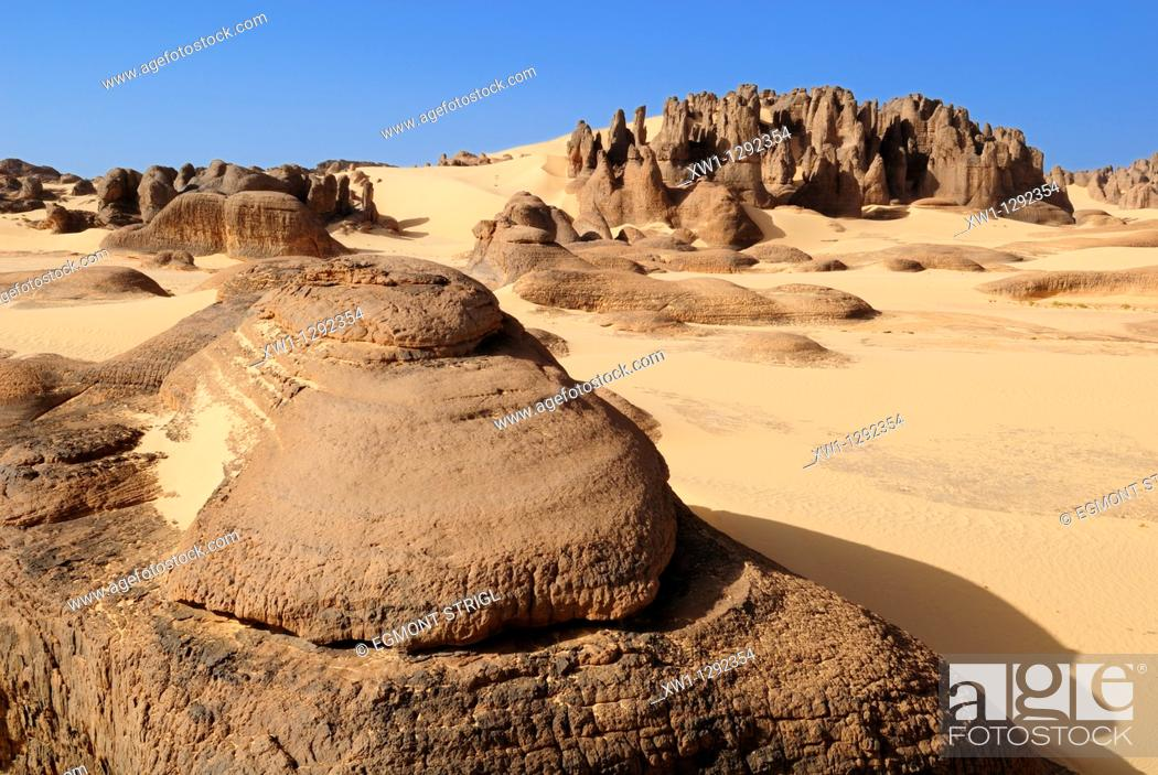 Stock Photo: sandstone rock formation at Tin Akachaker, Tassili du Hoggar, Wilaya Tamanrasset, Algeria, Sahara desert, North Africa.