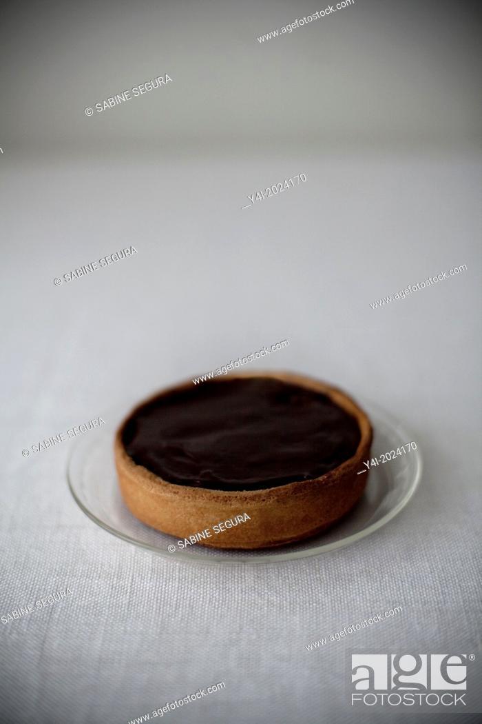 Stock Photo: Chocolate pie recipe. Little pie.