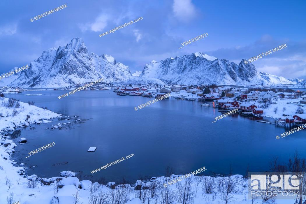 Stock Photo: Reine, Moskenesoya, Lofoten, Norland, Norway, Europe.