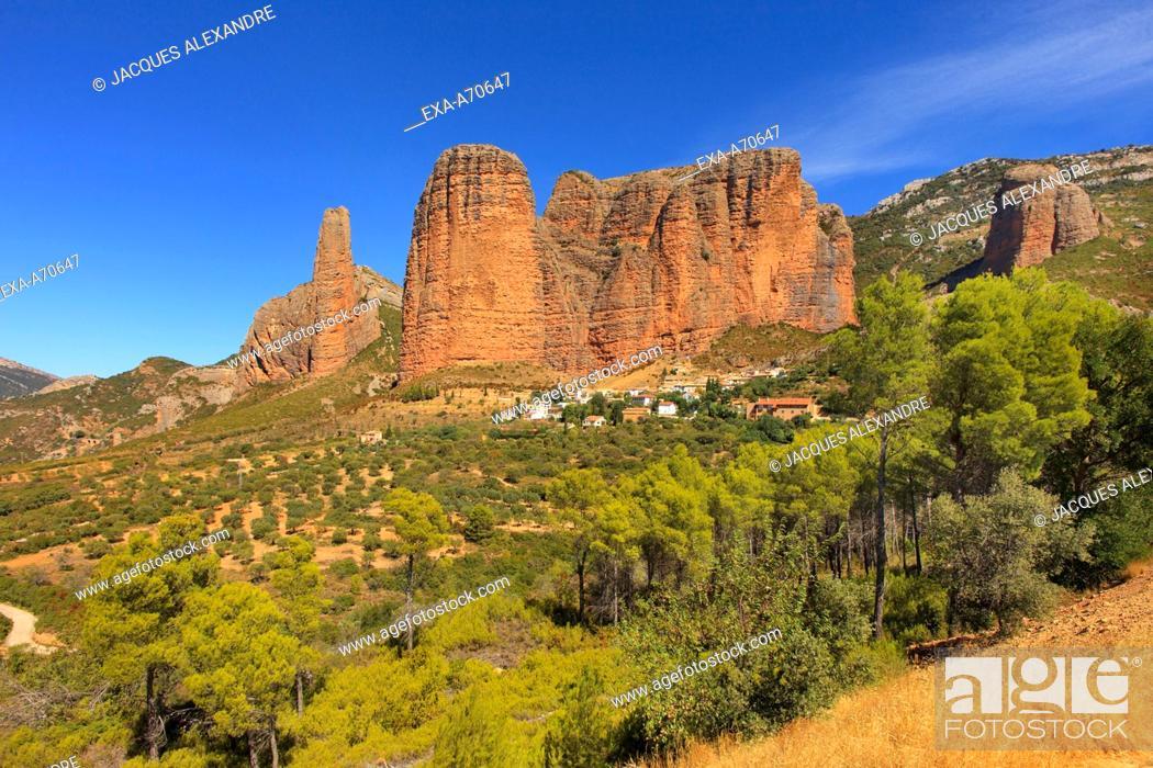 Imagen: Los Mallos de Riglos, Aragon, Spain.