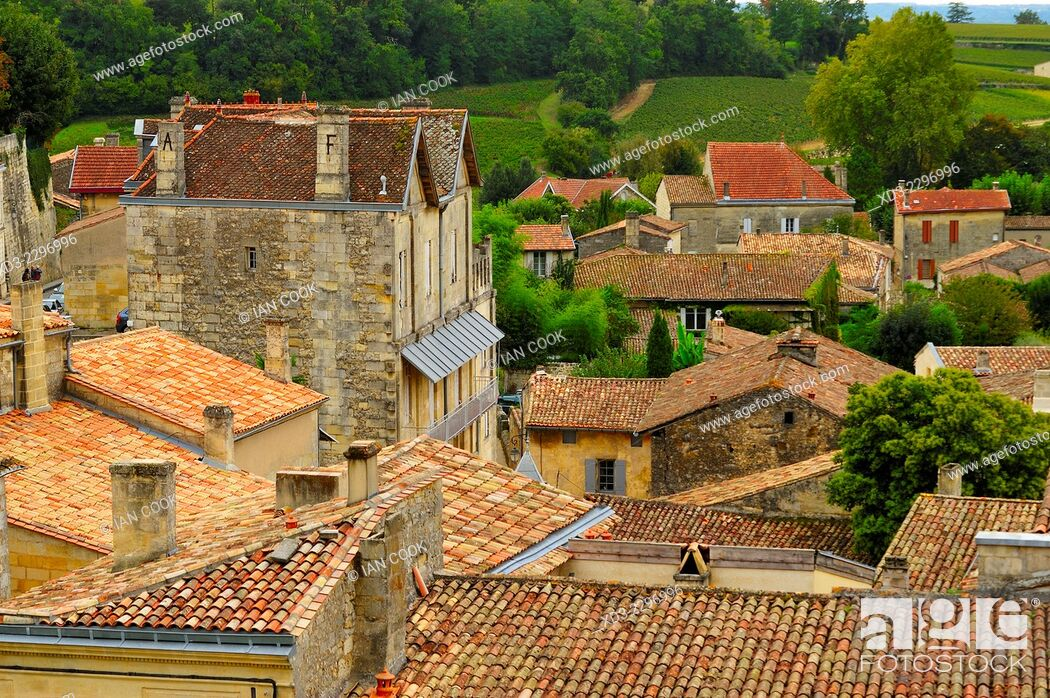Stock Photo: tiled rooftops, Saint Emilion, Gironde Department, Aquitaine, France.