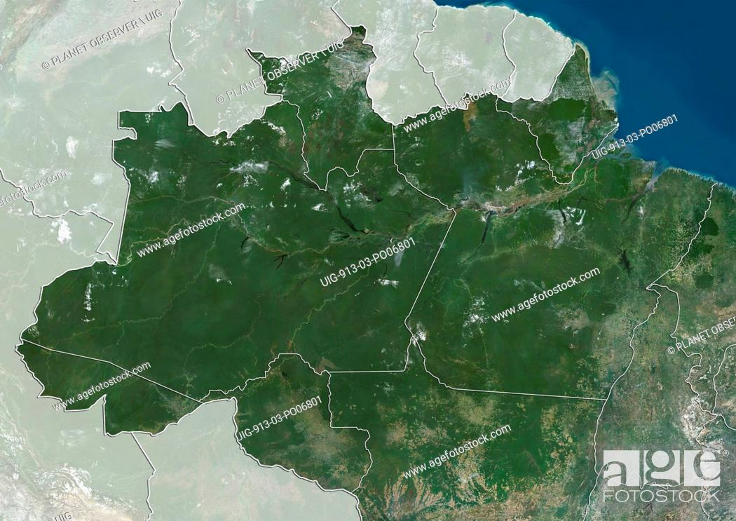 Imagen: Satellite view of the North Region of Brazil (with administrative boundaries and mask). It is composed of the states of Acre, Amapa, Amazonas, Para, Rondonia.