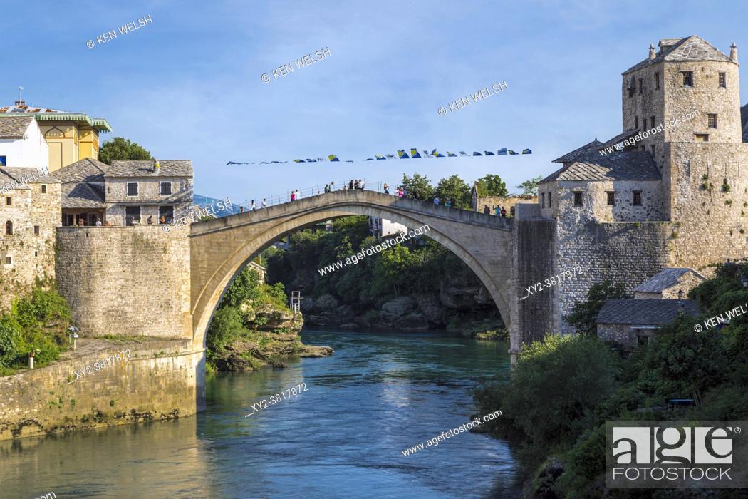 Stock Photo: Mostar, Herzegovina-Neretva, Bosnia and Herzegovina. The single-arch Stari Most, or Old Bridge, crossing the Neretva River.
