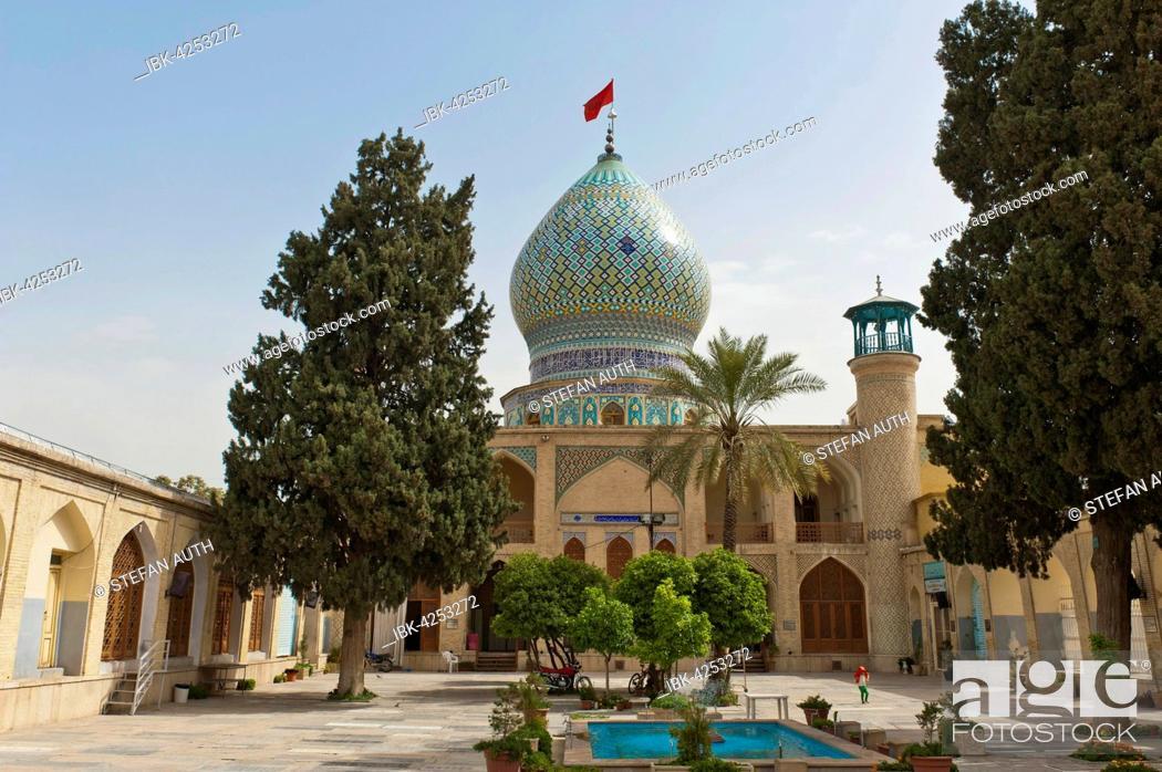 Stock Photo: Imamzadeh-ye Ali Ebn-e Hamze Mosque, courtyard with pool, mausoleum, tombs, Shiraz, Iran.