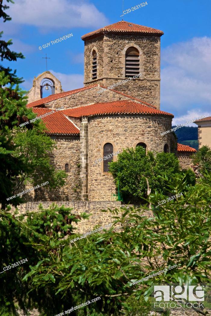 Stock Photo: Saint Vincent church, 12th.c, 43, Vieille Brioude, Perched medieval village, Auvergne, Haute Loire, France.