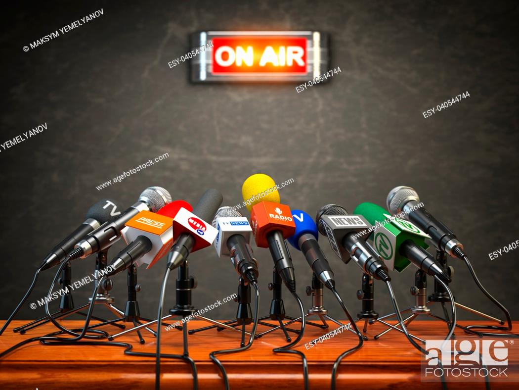 Imagen: Press conference or interview on air. Microphones of different mass media, radio, tv and press prepared for conference meeting. 3d illustration.