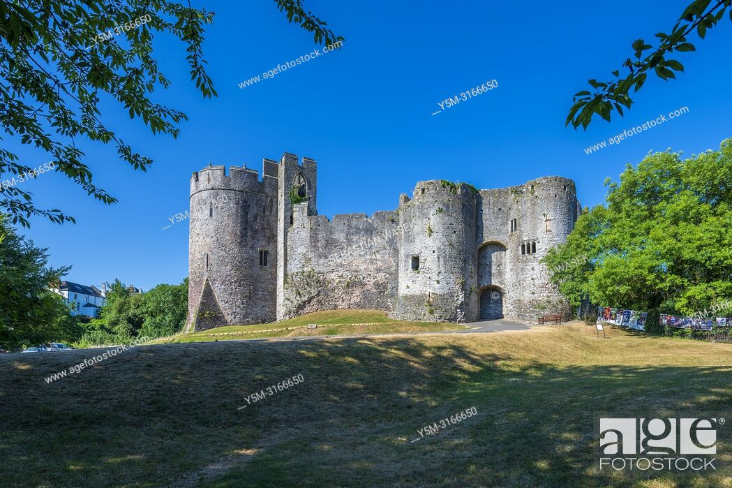 Stock Photo: Chepstow Castle, Monmouthshire, Wales, United Kingdom, Europe.