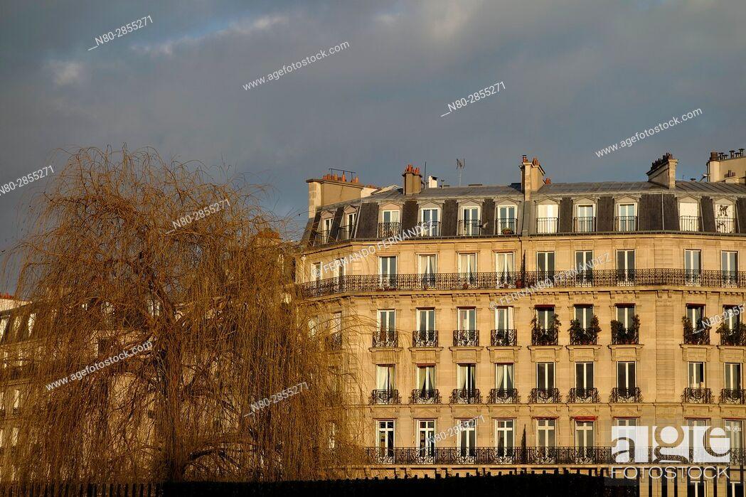 Stock Photo: Buildings. Ile St Louis. Paris. France. Europe.