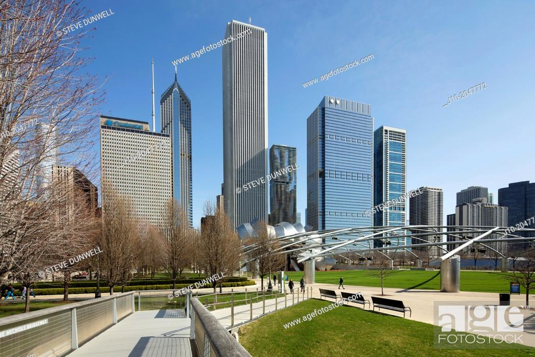 Stock Photo: Lakeshore East and Millenium Park, Chicago, Illinois, USA.