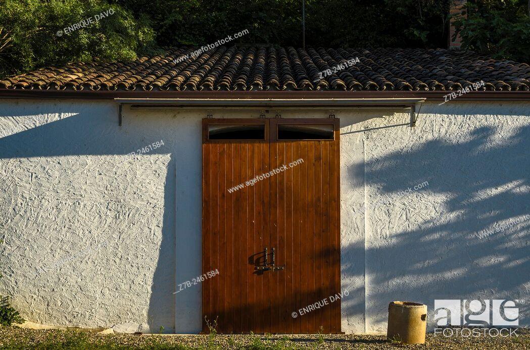 Stock Photo: View of a wood door in Sentiu of Sio town, Lerida province, Spain.