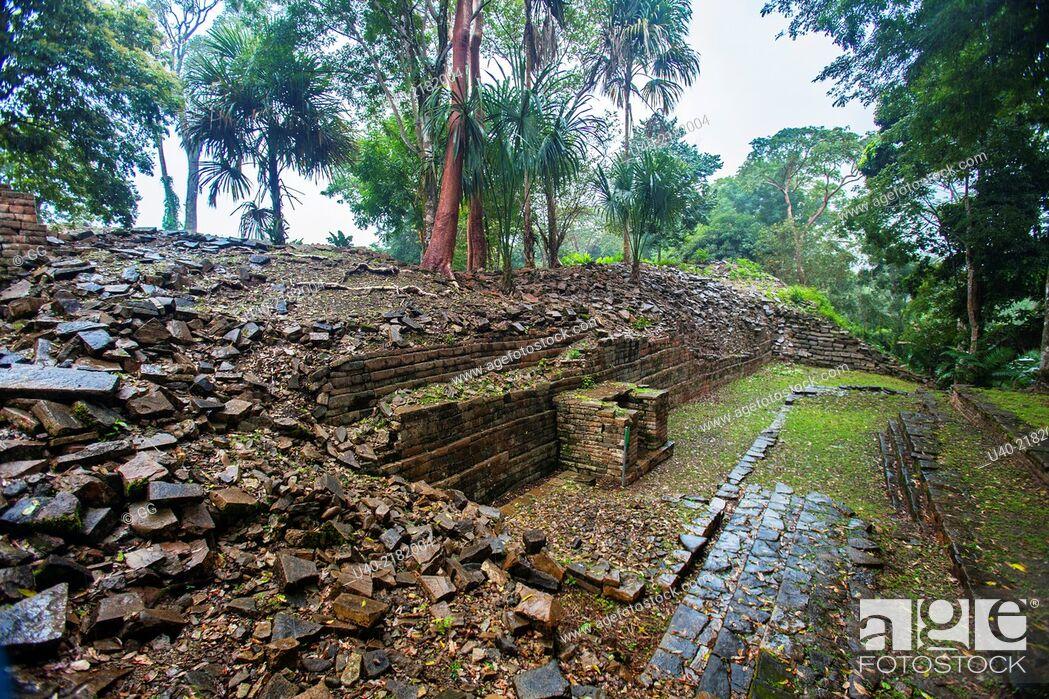 Stock Photo: Belize, Lubaantun ruins.