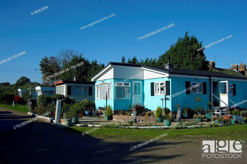 Imagen: Affordable housing, pre fab bungalows, England, UK.