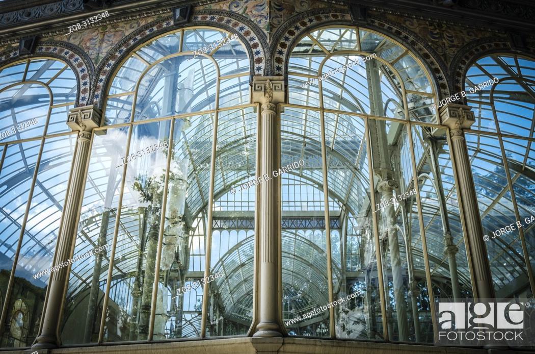 Stock Photo: Crystal Palace (Palacio de Cristal) in Buen Park del Retiro (Parque de El Retiro) in Madrid, Spain.