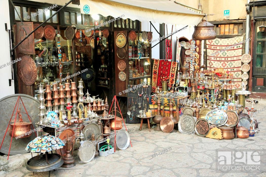 Imagen: Bosnia and Herzegovina, Sarajevo, Bascarsija Quarter, handicraft shop,.