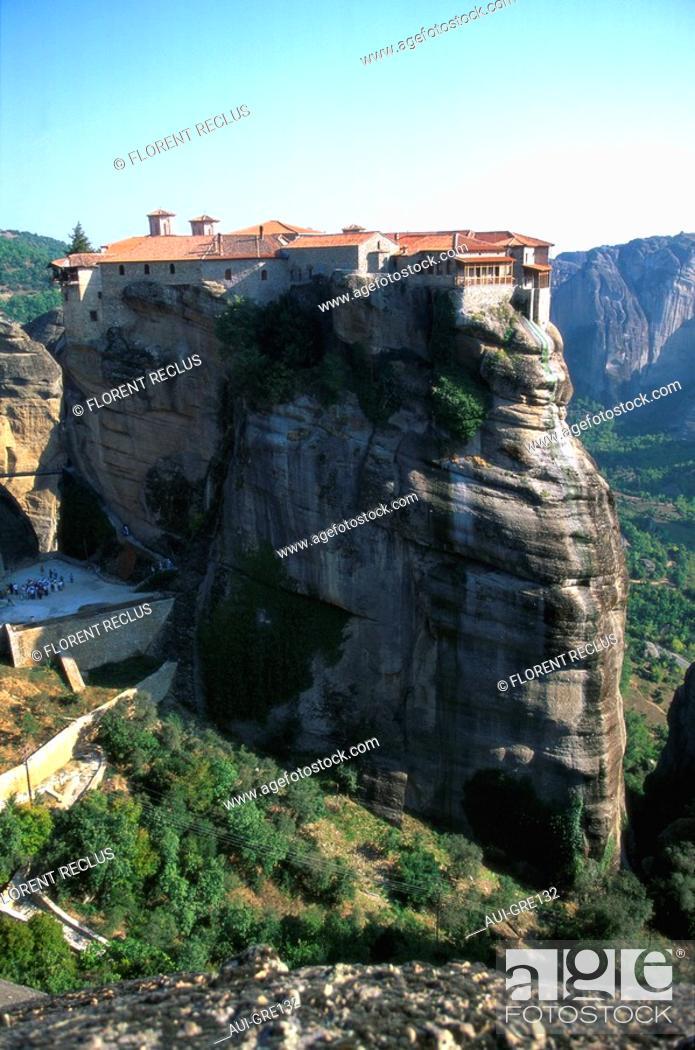 Stock Photo: Greece - Thessalie - Meteores - Varlaan Monastery.