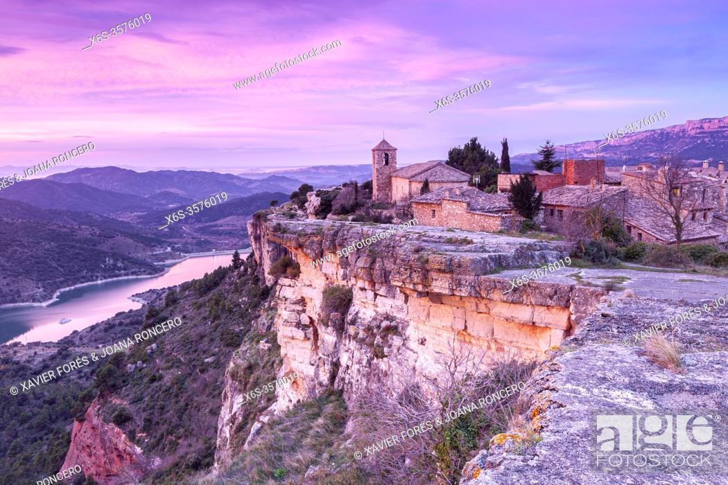 Stock Photo: Siurana at sunrise, Priorat, Tarragona, Spain.