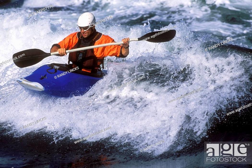 Stock Photo: Skookumchuck Tidal Rapid, Sunshine Coast, Near Egmont British Columbia, Canada.