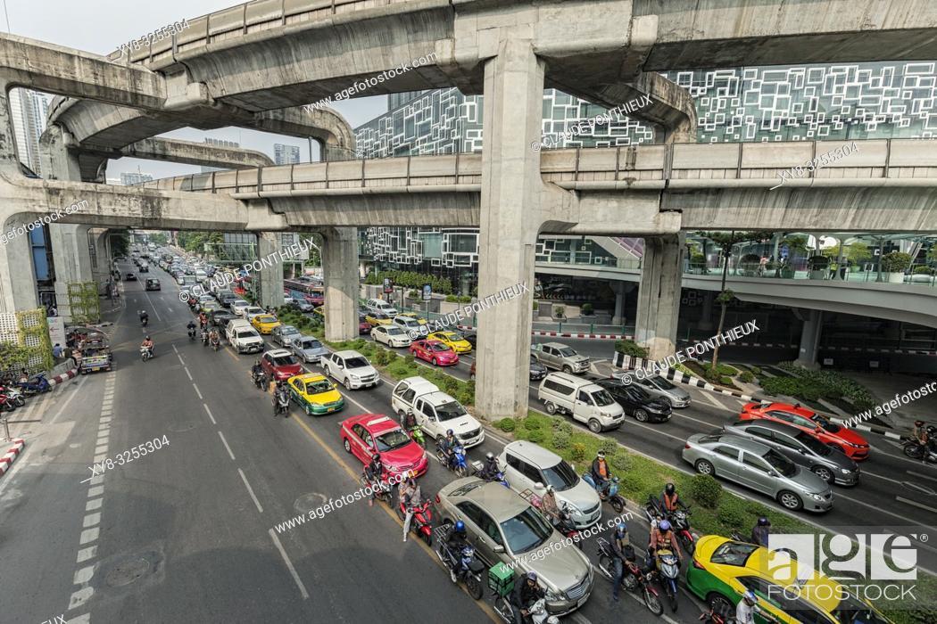 Stock Photo: Phaya Thai road traffic near Siam Discorery Center, Bangkok; Thailand.