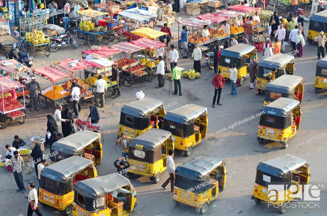 Imagen: Motor rickshaws, Charminar, Hyderabad, Andhra Pradesh, India, Asia.