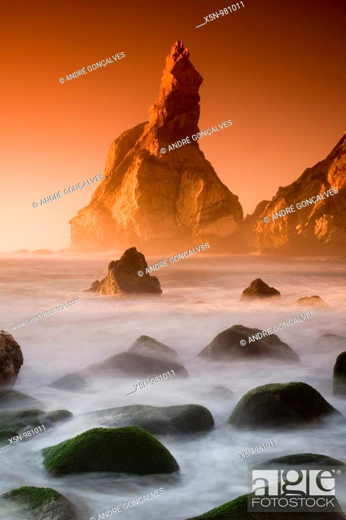 Stock Photo: Ursa Beach, Sintra, Portugal.