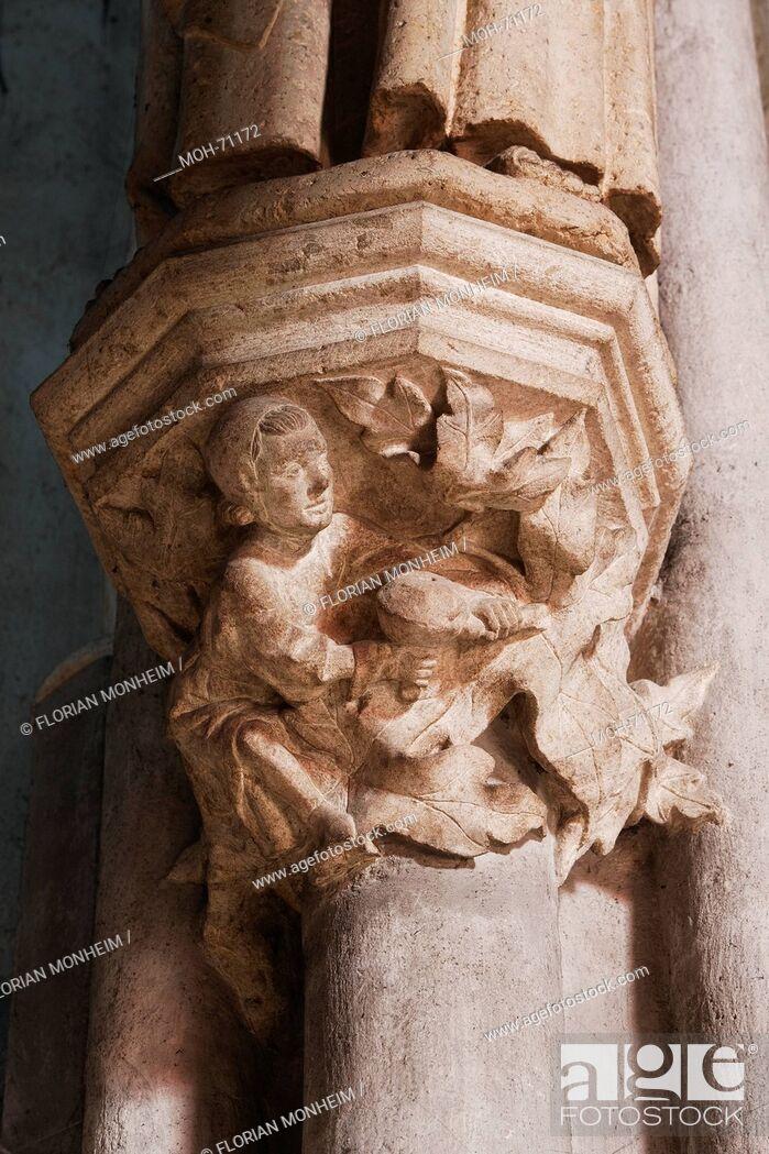 Imagen: Kapitell mit Baumeister im Chor.
