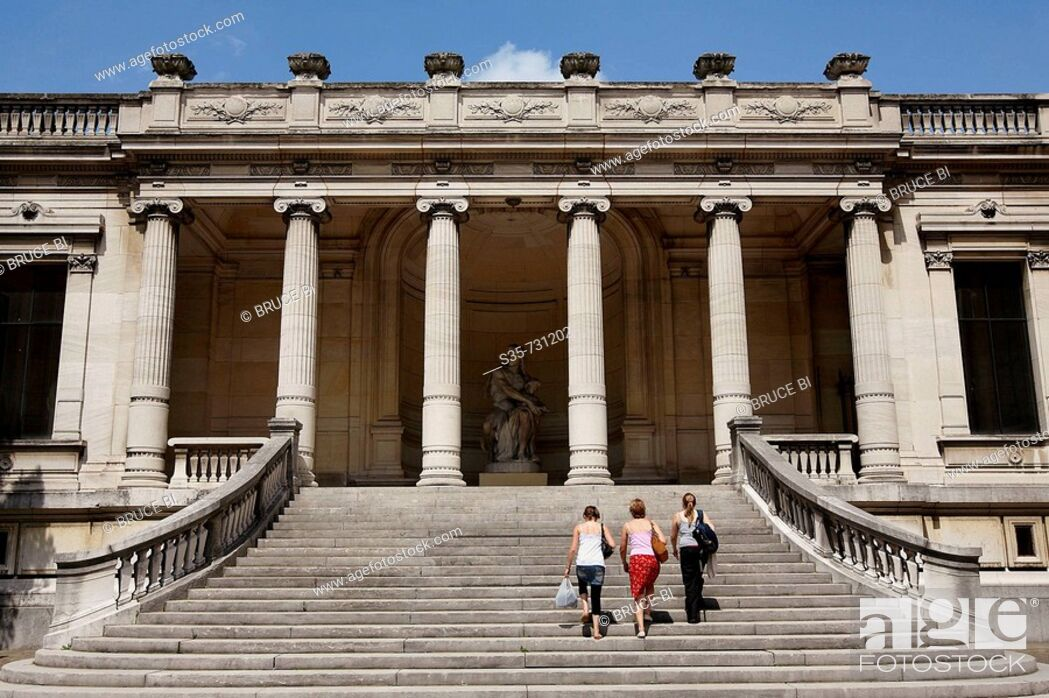 Stock Photo: France. Paris. Visitors on the staircase of rear entrance of Musee de la Mode et du Costume Palais Galliera. The museum shows the history of fashion from the.
