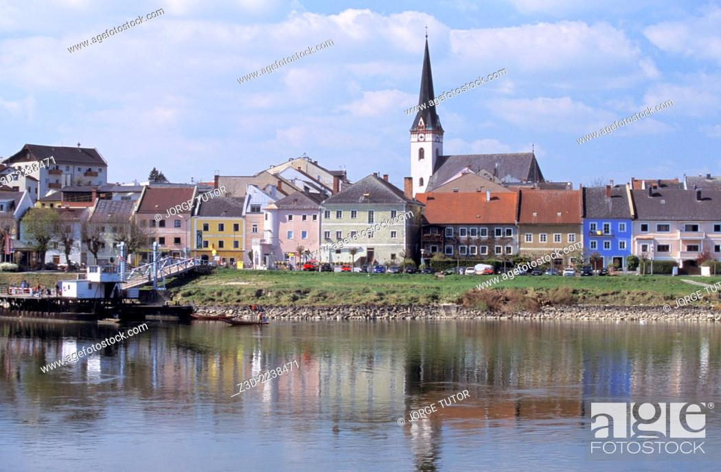 Stock Photo: Ottensheim town with the Danube river. Austria.