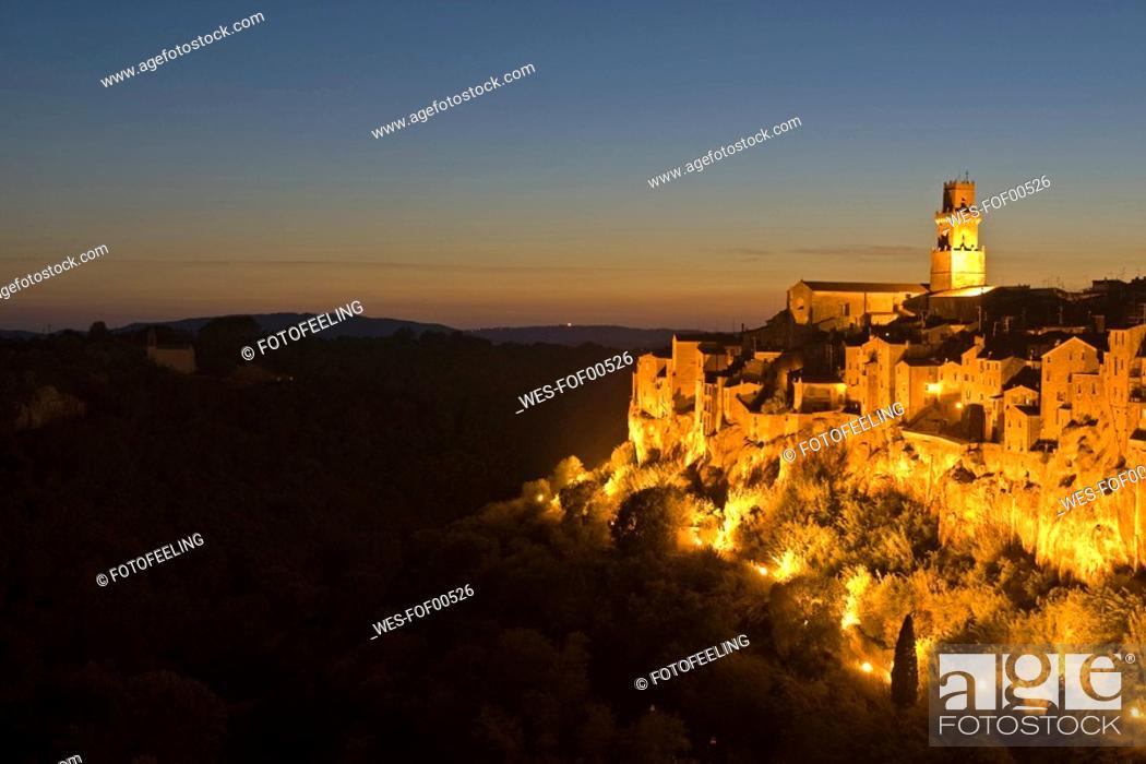 Stock Photo: Italy, Tuscany, Pitigliano.