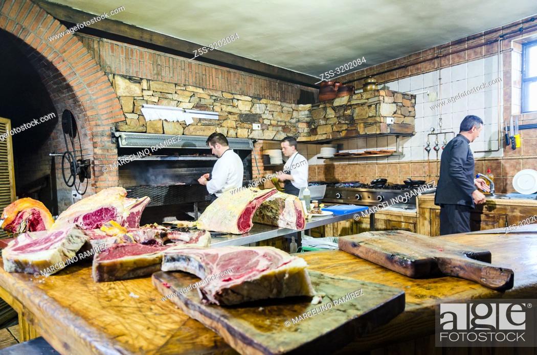 Kitchen Bodega El Capricho And Its Raw Material Jimenez De Jamuz