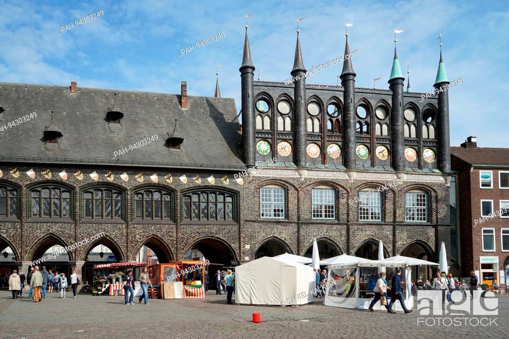 Stock Photo: Germany: The historic city hall in the old town of Lübeck. UNESCO World Heritage Site since 1987. Photo from 27. May 2016.   usage worldwide.