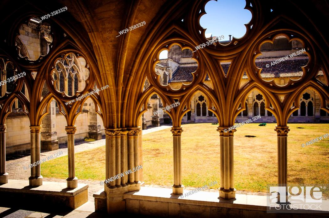 Stock Photo: Cloisters of Sainte-Marie Cathedral, Bayonne.