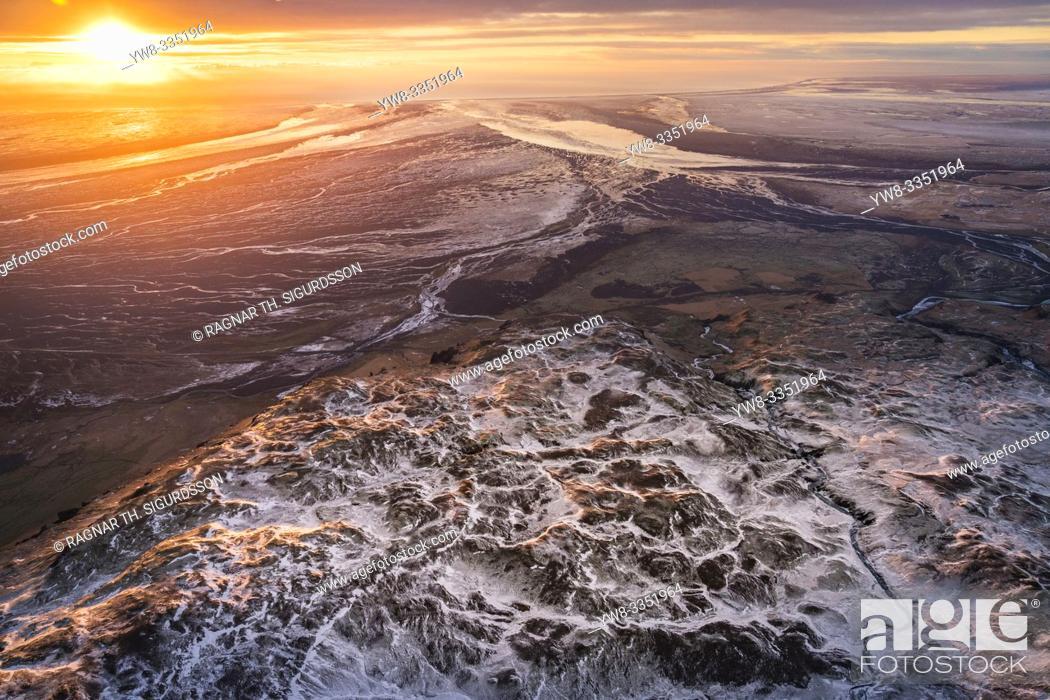 Stock Photo: DCIM\100GOPRO Mt. Lomagnupur, Vatnajokull National Park, Iceland. Unesco World Heritage Site.