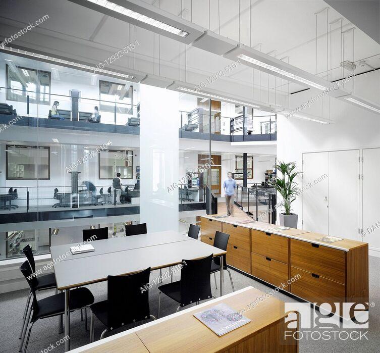 Stock Photo: Manchester Interdisciplinary Biocentre, John Garside Building.