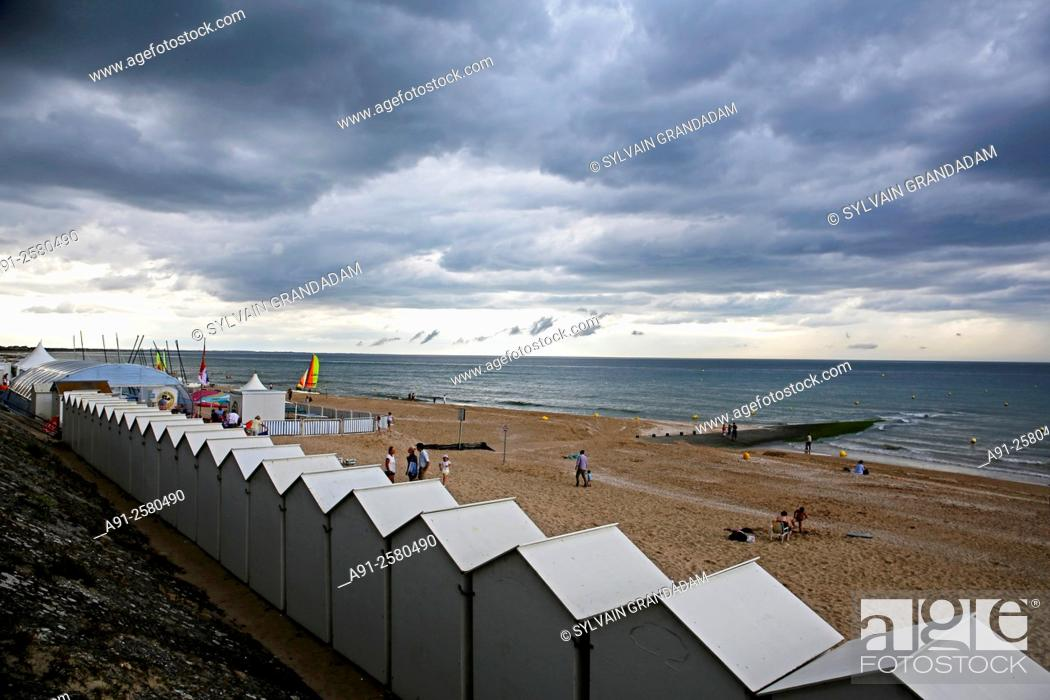 Stock Photo: France, Normandy, Cabourg, Beach.