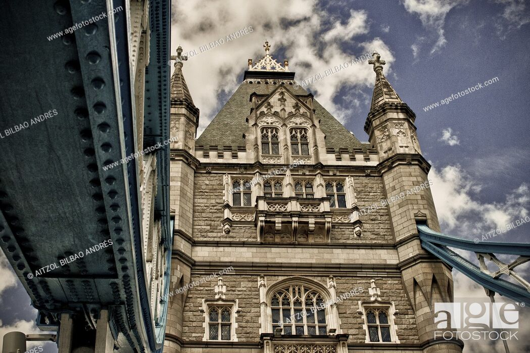 Stock Photo: The Tower Bridge, one of the most famous places of London. Some high dinamic range for more dramatism.