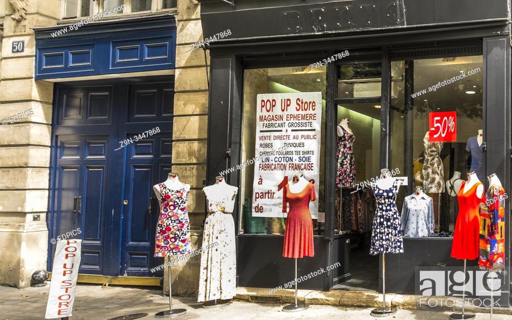 Stock Photo: pop up store, marais quarter, paris, ile de france, france.
