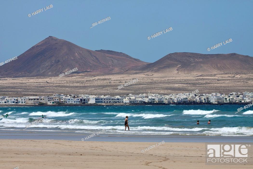 Stock Photo: Beach Playa de Famara, views of La Caldera Calaeta and Trasera, Lanzarote, Canary Islands, Spain.