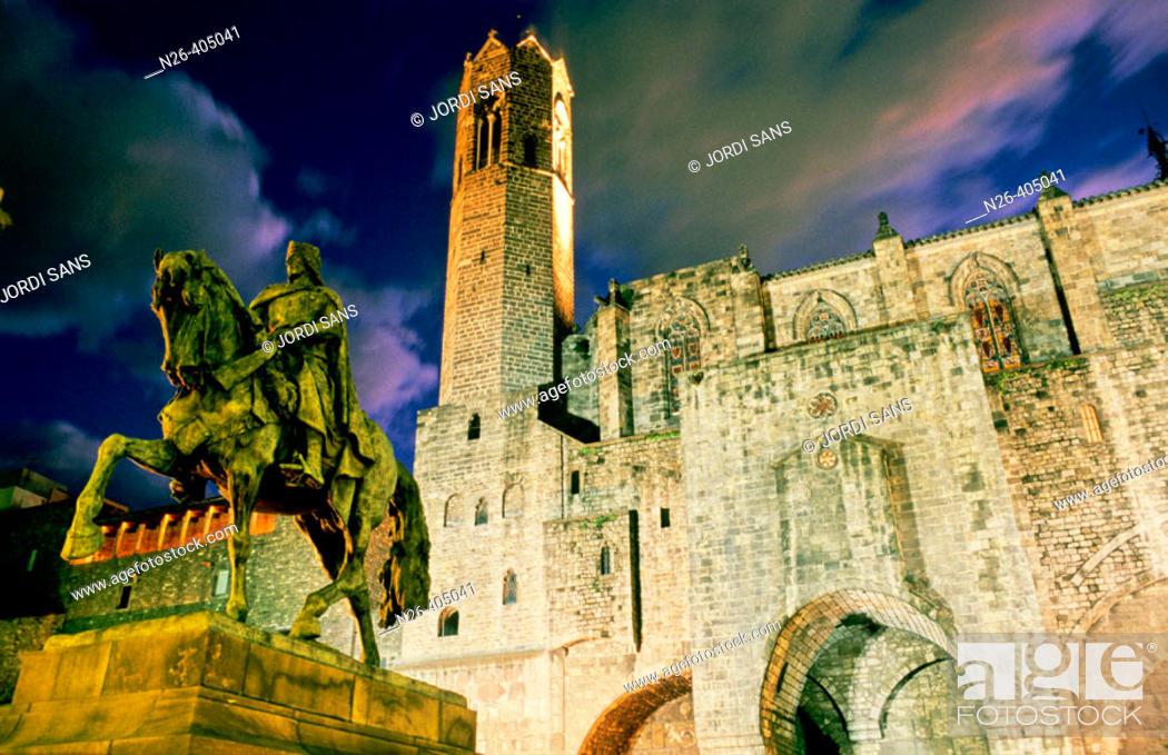 Stock Photo: Equestrian statue of Ramon Berenguer III, Roman walls dating 4th c., Royal Chapel of Santa Àgata and King Martin the Humanist tower dating 16th c.