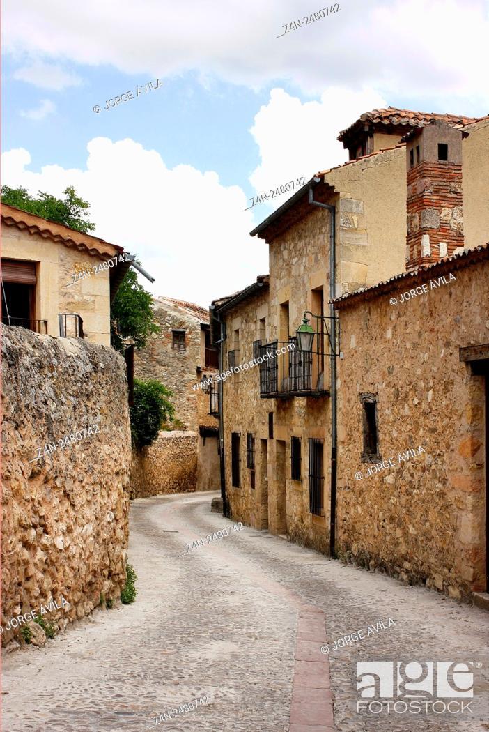 Imagen: Pedraza, Segovia Province, Castile-Leon, Spain.