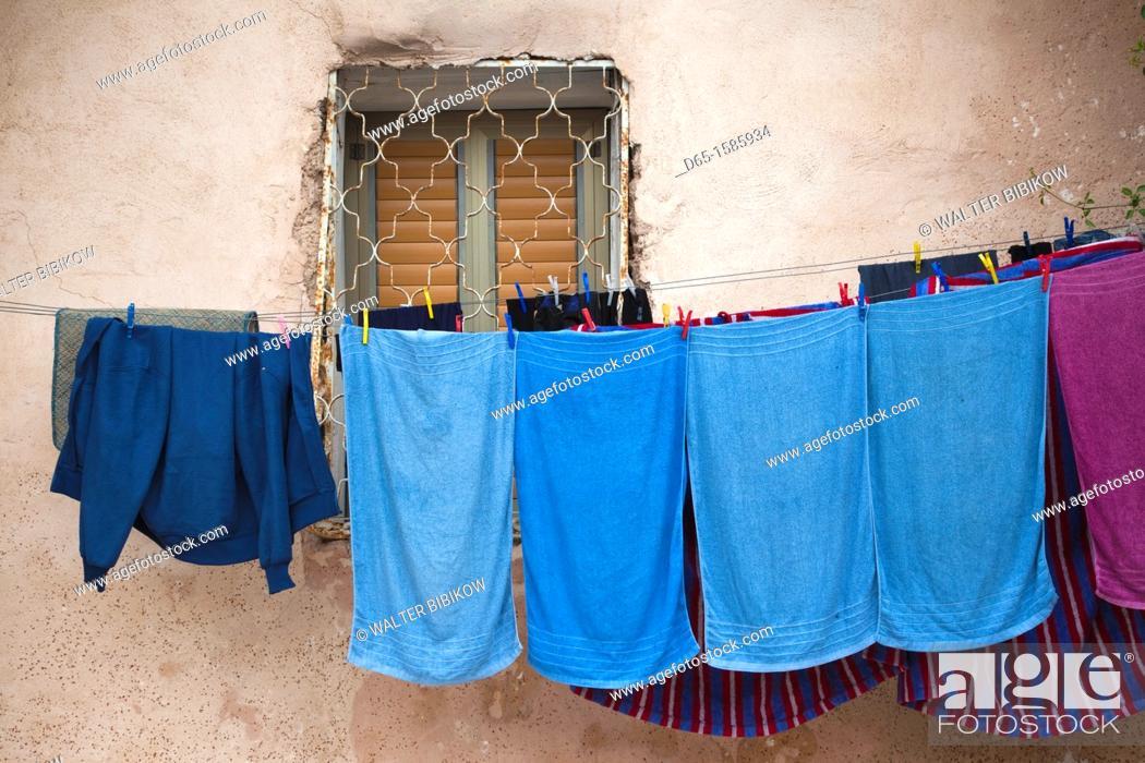 Stock Photo: Israel, North Coast, Akko-Acre, ancient city, laundry.