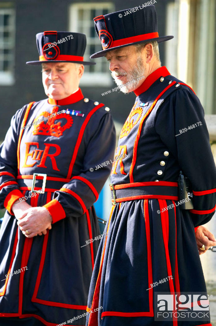 Stock Photo: Beefeaters, Tower of London, London. England. UK.