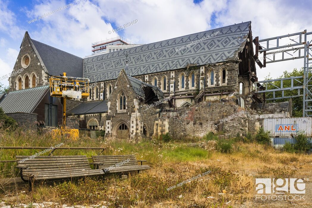 Imagen: Christchurch cathedral, partially destroyed by 2011 Christchurch earthquake. New Zealand.