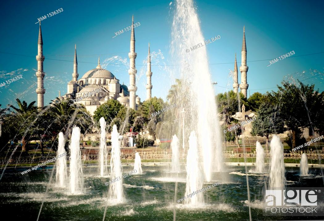 Stock Photo: Blue Mosque and fountain  Istanbul, Turkey.