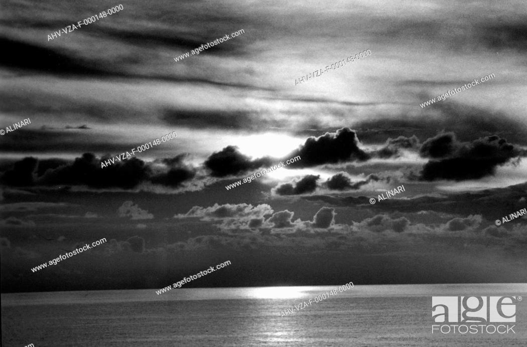 Imagen: Marine view, shot 1950 ca. by Vannucci Zauli, Giuseppe.