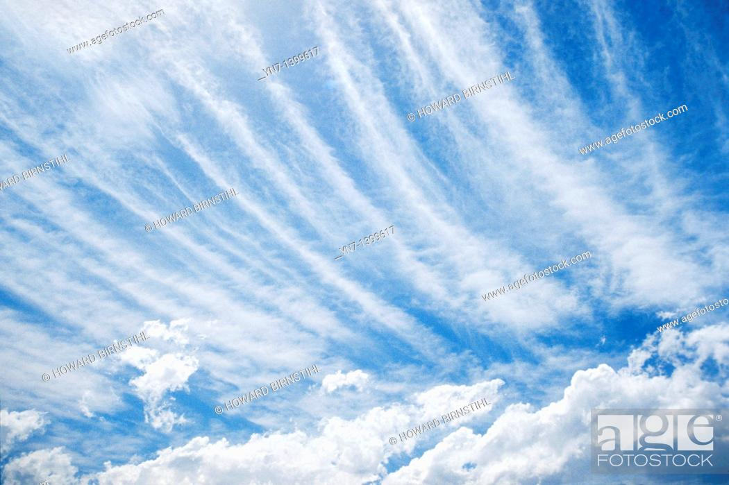 Stock Photo: Cirrrostratus cloud formation.