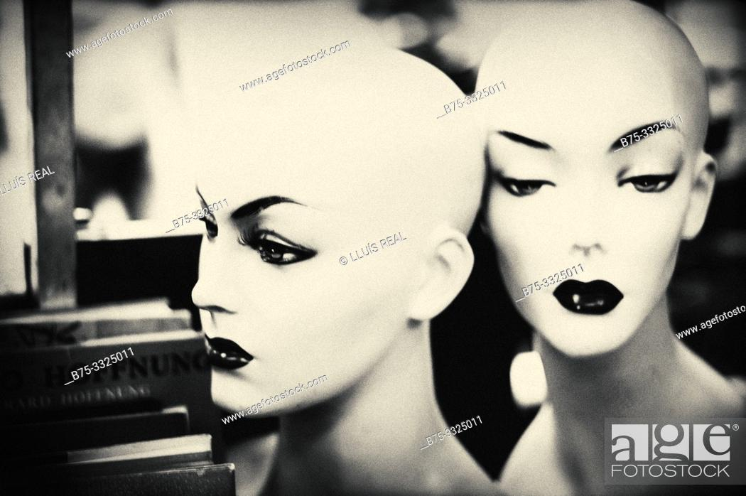 Stock Photo: Portrait of the heads of two mannequins. London UK, Europe.