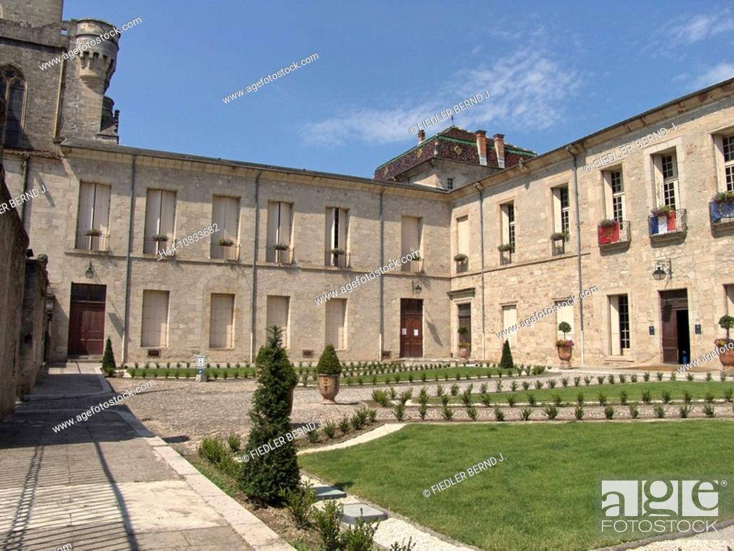 Stock Photo: France, Europe, Hérault, Languedoc-Roussillion, Lodève, Ancien Palais Episcopal, palace, city hall, architecture, buil.