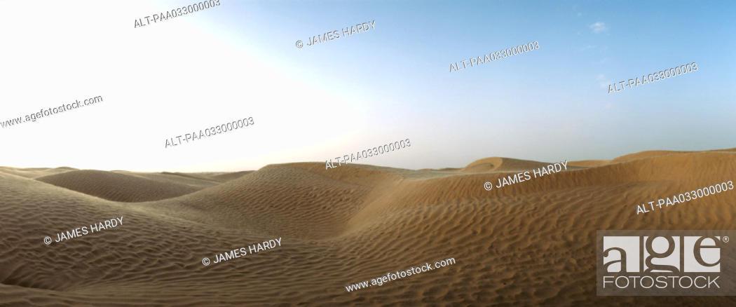Stock Photo: Tunisia, sand dunes, panoramic view.